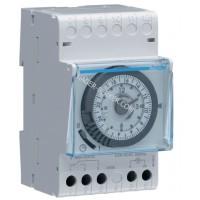 Таймер аналоговый, суточный, 16А, 1 переключающий контакт, запас хода 200 часов, 3 м Hager EH111