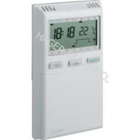 Термостат цифровой с функцией недельного таймера, 230В/ 8А Hager EK270